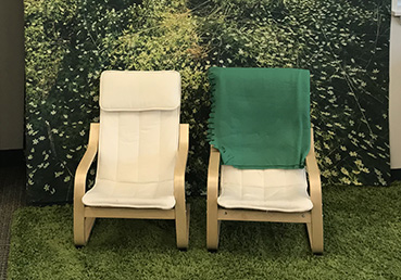 Two quiet chairs - blog